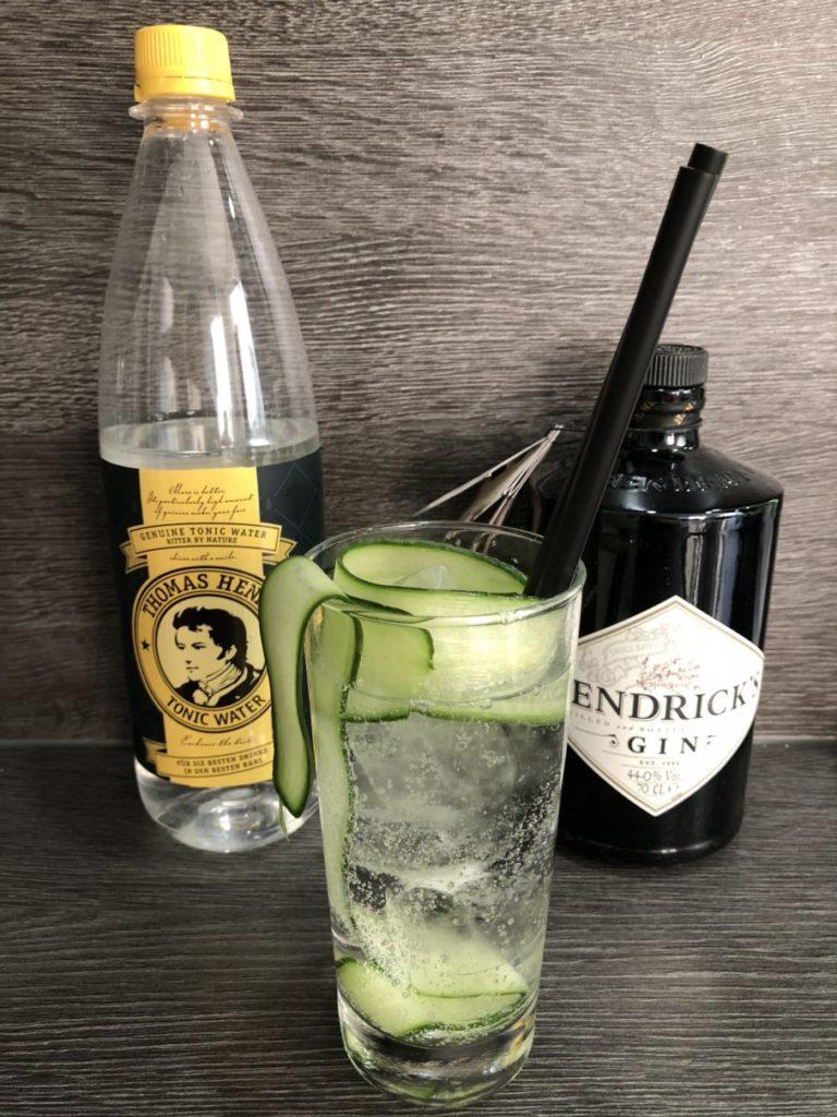 Gin Tonic mit Gurke und Hendrick's Gin, GINfektion