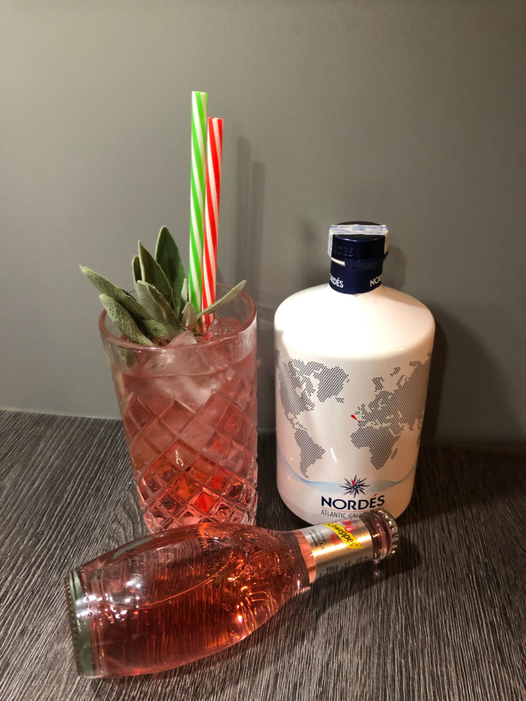 red Tonic mit Nordes Atlantic Gin, Gintonic red, Ginfektion, Longdrink, Gindrink, Lieblings gintonic